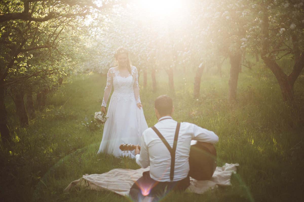 sesja ślubna na łonie natury