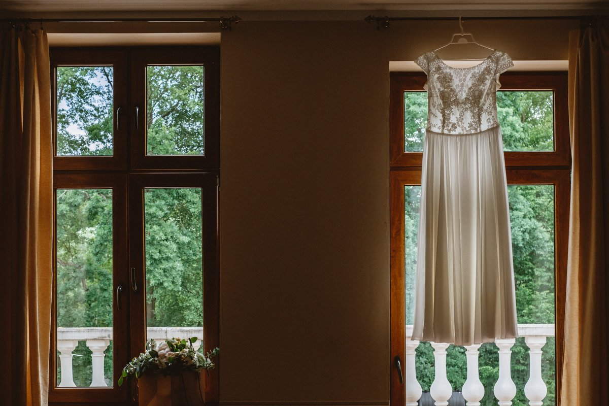 zdjęcia ślubne pałac łąkomin
