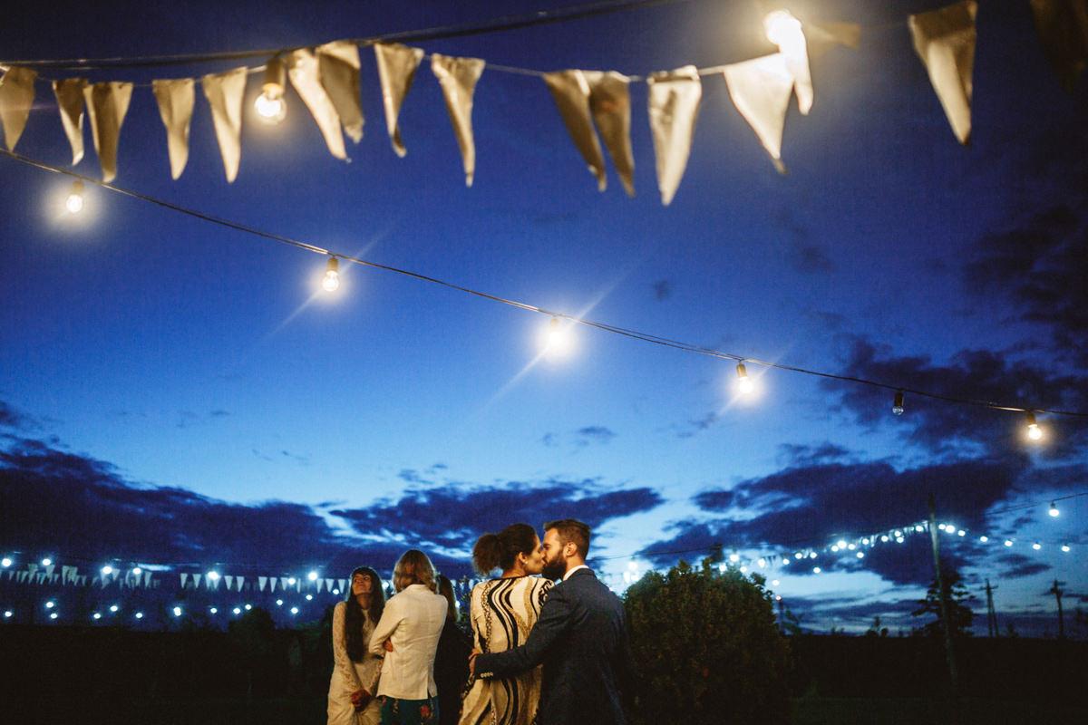 ślub w stodole folwark ruchenka