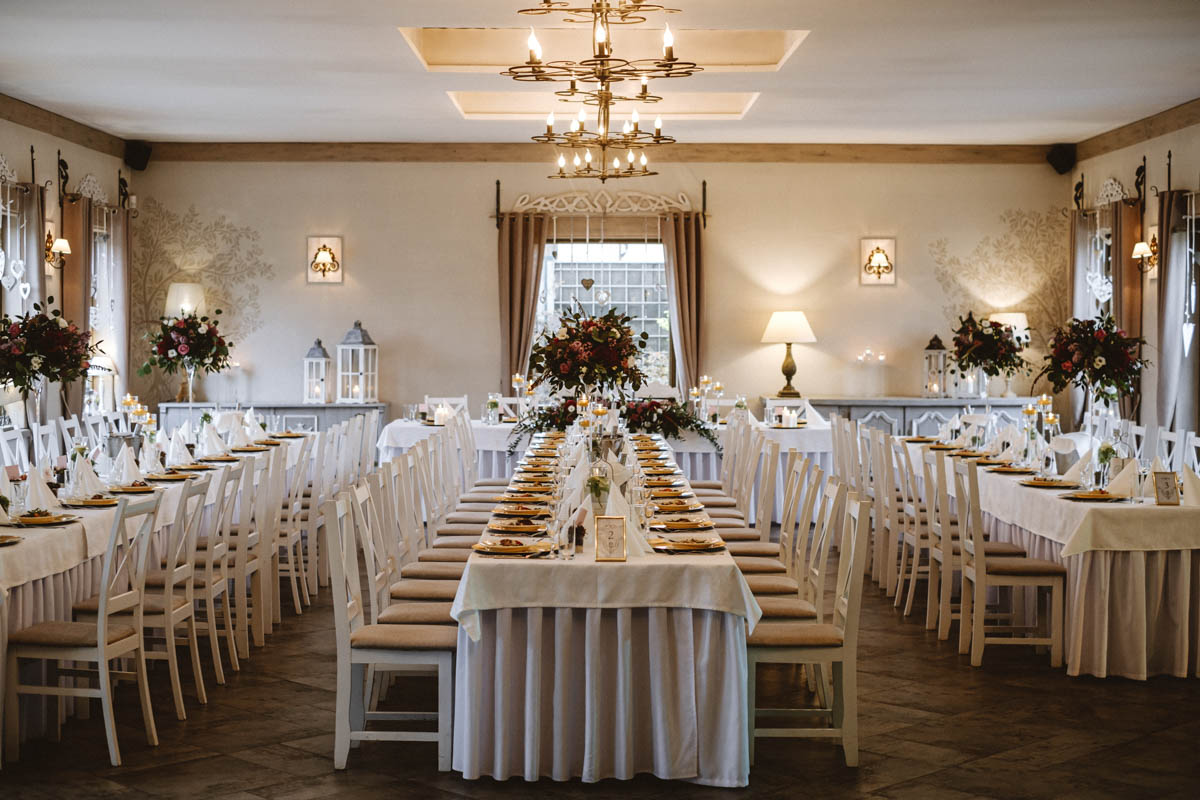 doskonałe wesele w restauracji chałupa