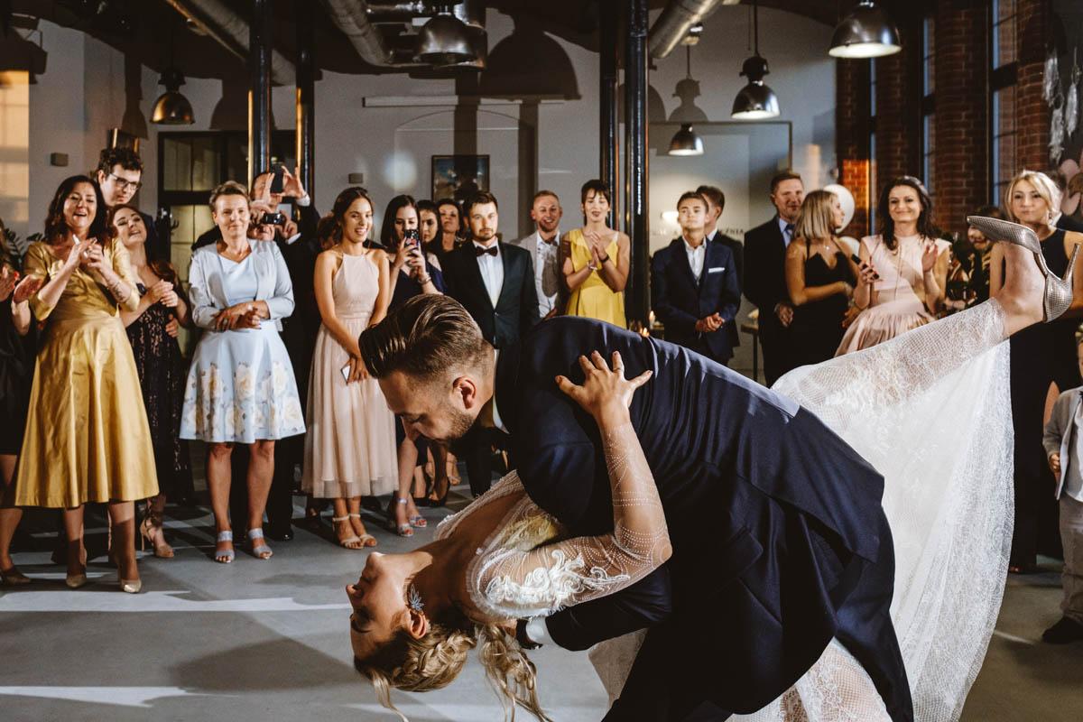 wesele w stylu industrialnym